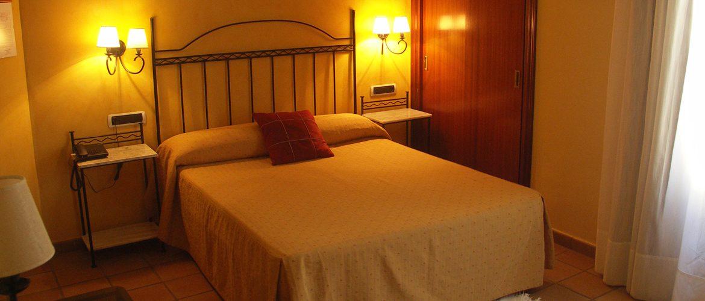 Disfruta de un entorno privilegiado en un hotel céntrico de la ciudad de Alcañiz.